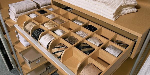 Выдвижные ящики с ячейками для шкафа-купе